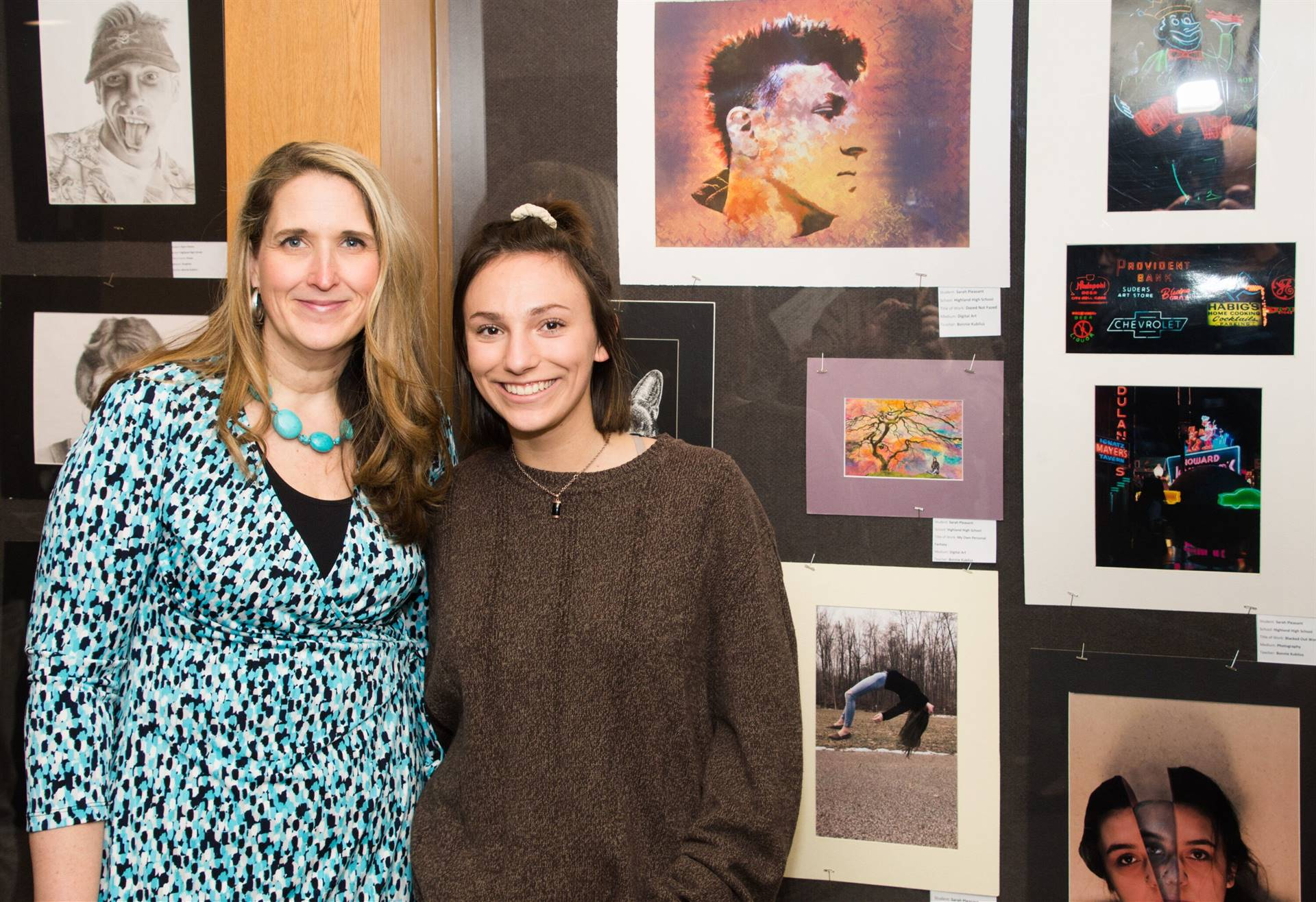 Sarah Pleasant, Second Place 2019 Non-Scholarship Portfolio Winner, with Bonnie Kubilus, art teacher